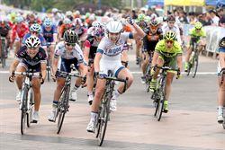 環崇明島女子自行車賽 首賽段「90後」英國姑娘加納爾奪魁