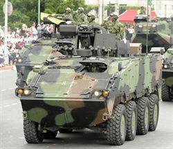 政軍兵推 馬總統搭雲豹甲車 綠營酸:擾民