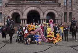 多倫多龍舟節舉辦25周年花車遊行