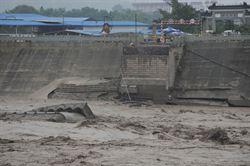 四川江油盤江大橋垮塌失蹤人員增至12人