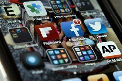 顧慮隱私 臉書會員掀自殺潮