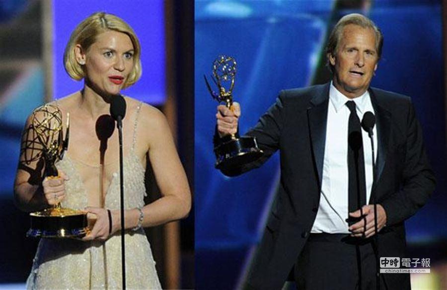 傑夫丹尼爾(右)、克萊兒丹妮絲是本屆艾美獎劇情類影帝后。(美聯社)
