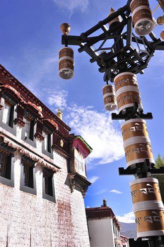 西藏立法保護拉薩老城區