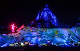 舟山國際沙雕展 在燈光的襯托下呈現出特別的魅力