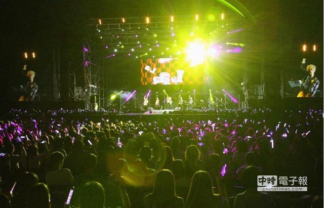 TEEN TOP 亞洲巡迴演唱會,近4000人到場,票房9成,吸金約1320萬。(陳俊吉攝)