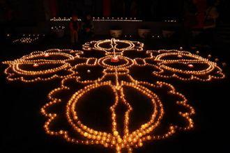 陝西唯一藏傳佛教寺院廣仁寺點燈祈福