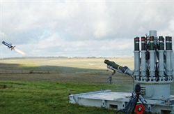 反坦克導彈 出現「左輪槍」