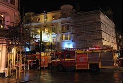 倫敦阿波羅劇院屋頂天花板崩塌 88人受傷