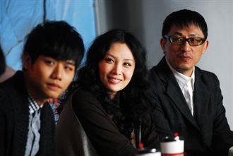 魏如萱、蔡旻佑為《向左走,向右走》宣傳
