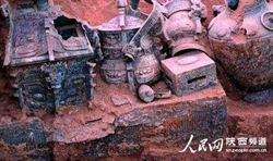 陝西石鼓山青銅器太多 村民當尿壺