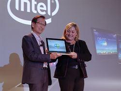 華碩CES秀雙系統筆電 定價599美元起