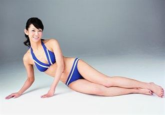 日本辣媽秀胴體 要當性感美魔女