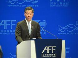 梁振英:人民幣國際化  更凸顯香港金融中心地位