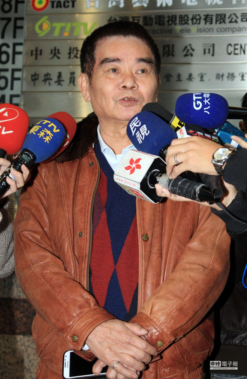 國民黨中常委姚江臨呼籲交通部硬起來,與遠通解約。(姚志平攝)