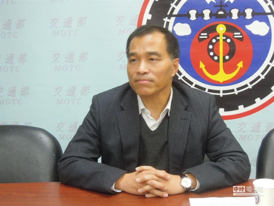 交通部長葉匡時在行政院會針對近日遭質疑接受宴請等風波表達歉意,並表示未來言行會謹慎。(本報系資料照片 黃芮琪攝)