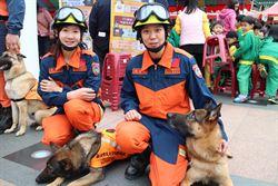 消防闖關 民眾體驗打火英雄