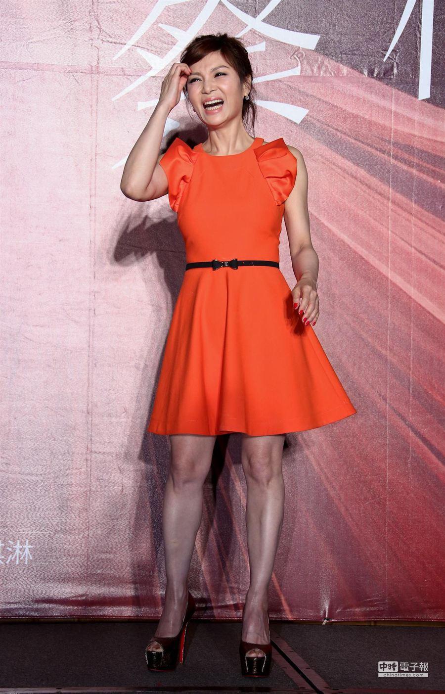 蔡秋鳳今宣佈將於4月18日登小巨蛋開演唱會。(羅永銘攝)
