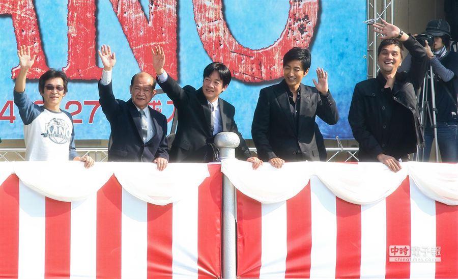 監製魏德聖、台南市長賴清德、大澤隆夫、導演馬志翔一同出席KANO記者會。(羅永銘攝)