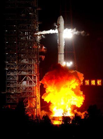 陸研發重型火箭 將可載人登月