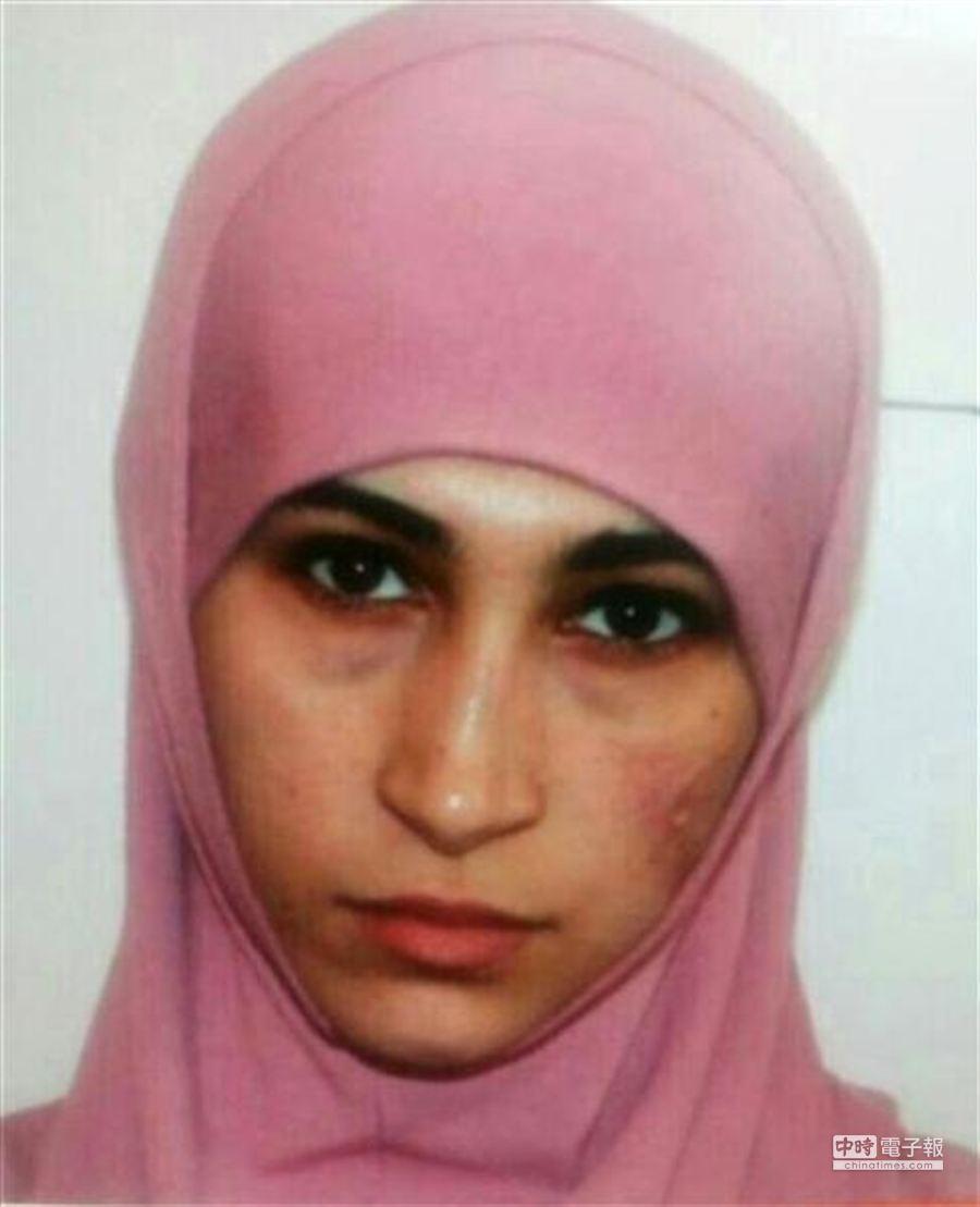 23歲女穆斯林蘆臧.伊布拉基莫夫(Ruzan Ibragimov)是追緝首要目標。(圖/Daily Mashup)