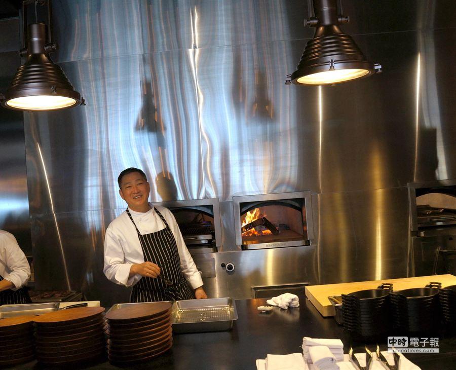 台中MEATGQ牛排館,請到「牛排教父」鄧有癸任廚藝顧問。(姚舜攝)