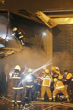 台北市安美街凌晨火警