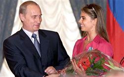 俄總統普丁已與俄體操皇后結婚?