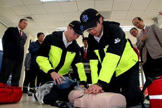 宜蘭偏鄉2人猝死 國際扶輪社捐AED