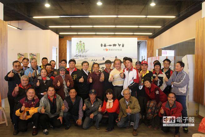 龍鳳甲合作社輔導產銷班再增兩班,盼能為更多農民解決通路問題。(楊漢聲攝)