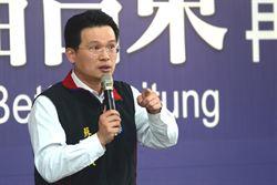 蘇俊賓台東挺黃健庭 砲轟綠縣市