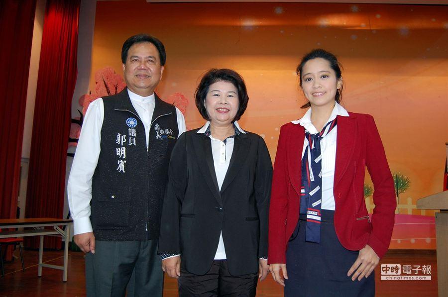 爭取國民黨提名的嘉義市長初選參選人郭明賓(左至右)、張秀華、陳以真。(廖素慧攝)