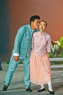 王若琳專輯拍MV 跟張耀揚又親又抱