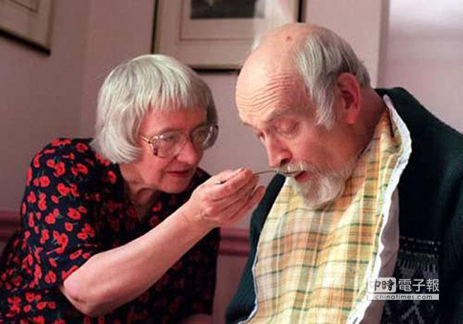 全球現有超過3500萬名老人癡呆症病患。(圖取自老年癡呆康復網)