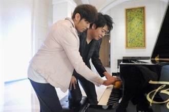 周杰倫、朗朗 合作登台QQ音樂盛典