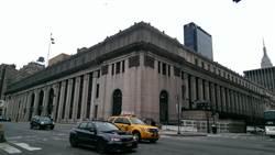 HTC機皇M8紐約現身秀 周永明主持