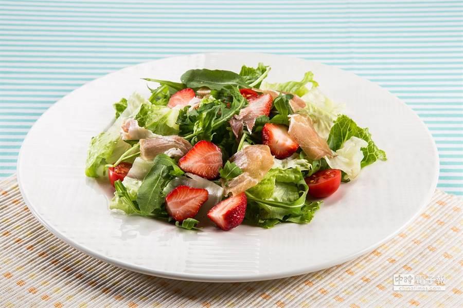 「鴨胸義大利麵」用的是宜蘭櫻桃鴨為食材。(圖/百富通集團提供)