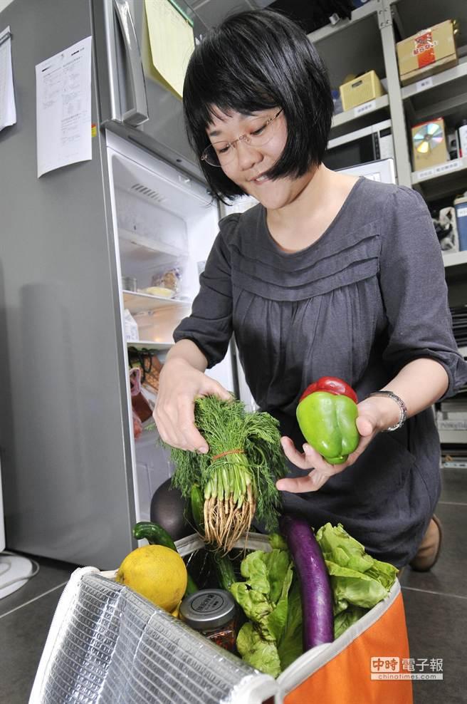 冰箱是現代人生活不可或缺的家電,但冰箱絕不是萬能,不是每一種食物都適合放冰箱存放。(本報系資料照片,陳振堂攝)