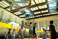 運動做公益 竹東青商會高中籃球賽開打