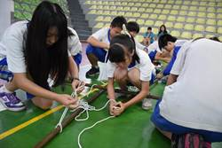三重高中童軍賽 挑戰結繩搭棚