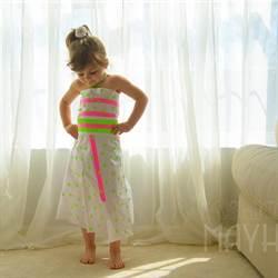 她才4歲 自製禮服登上Vogue
