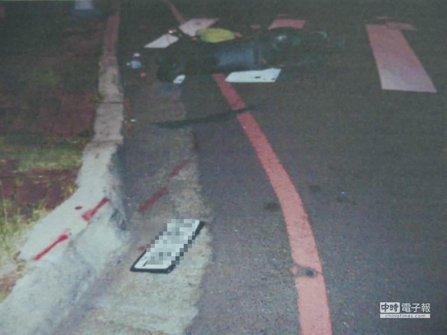 台中市廖姓女大生昨晚行經公益路時,遭洪男開車撞飛,緊急送醫治療,還好沒有生命危險。(黃進恭翻攝)