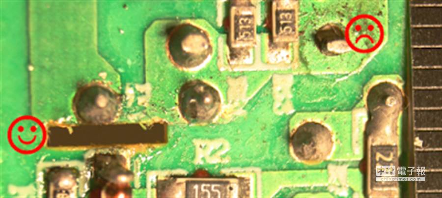 仿冒充電器在高低電壓沒有足夠的安全間隙,一不小心,就容易發生起火、觸電的危險。(圖/摘自Ken Shirriff's部落格)