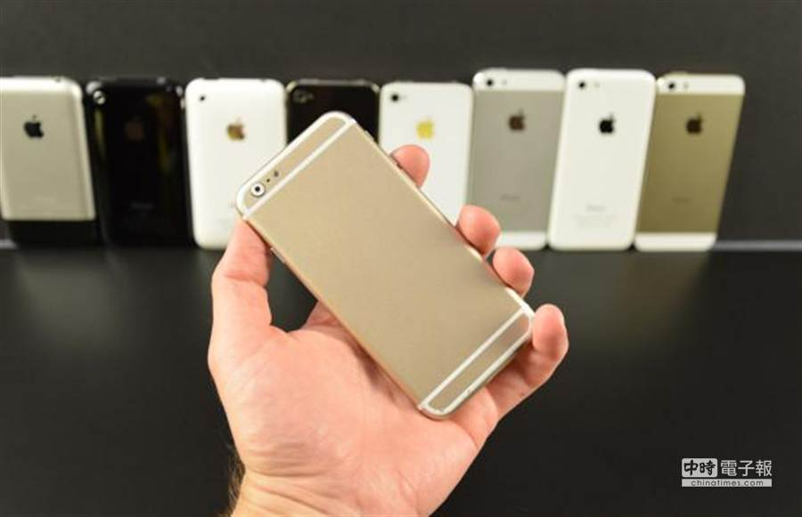 蘋果前員工曝光的 iPhone 6 相片。(圖/本報資料照片)