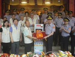 保福宮捐AED 永和分局受贈