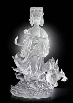 楊惠姍新作 首尊琉璃媽祖亮相