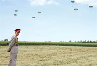 出席諾曼地紀念活動 9旬老兵跳傘