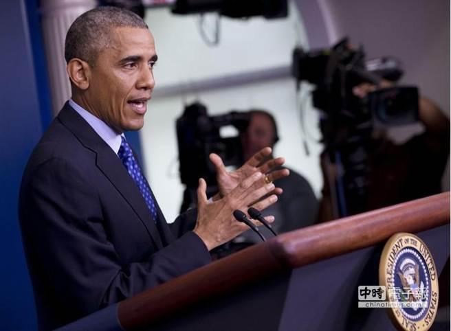 美國總統歐巴馬19日在白宮召開記者會,就伊拉克情勢發表談話。(美聯社)
