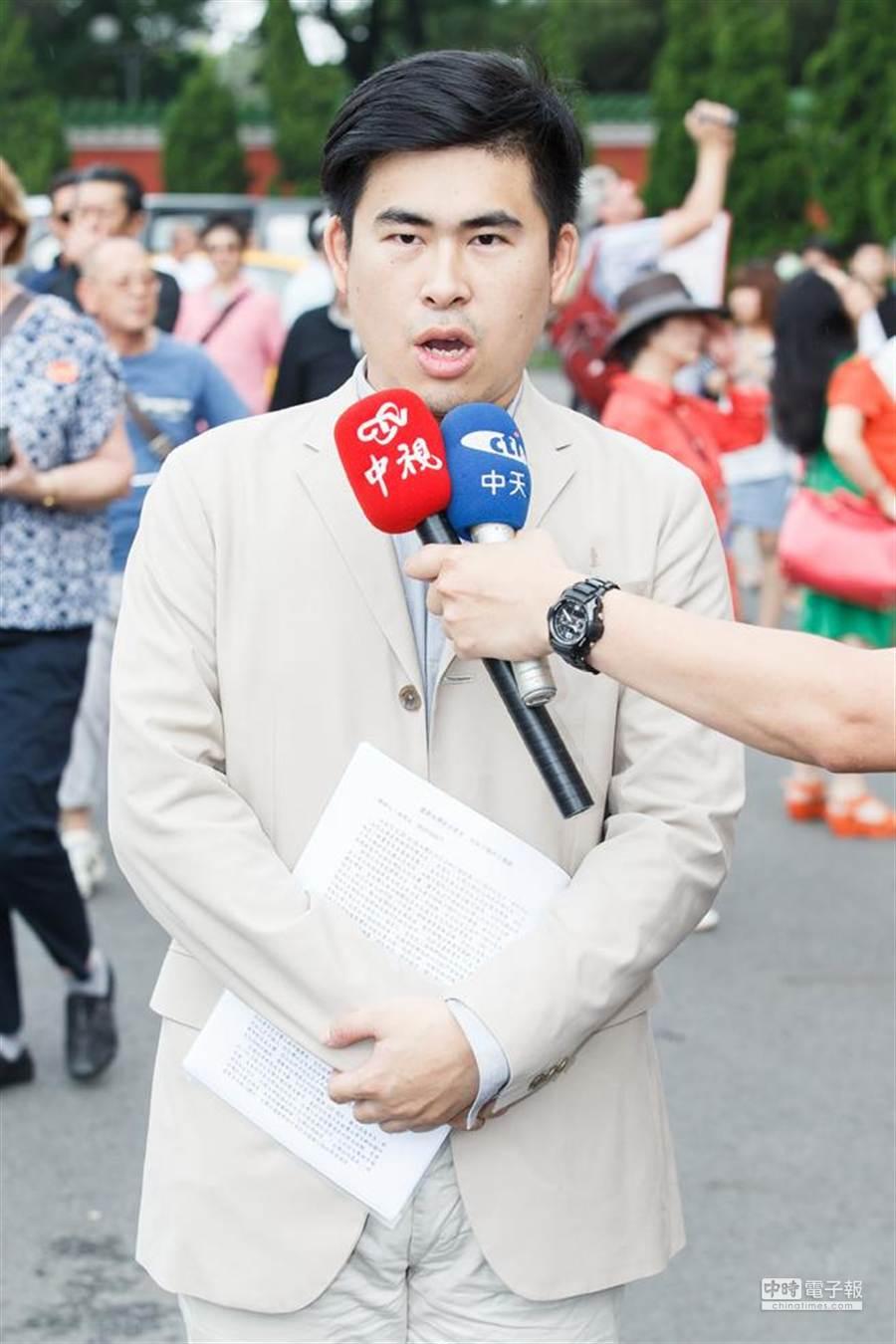 抗獨史陣線召集人王炳忠今天向帆廷下戰帖。(資料照片,杜宜諳攝)