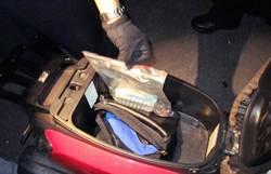 未戴安全帽被攔 車廂查獲槍彈