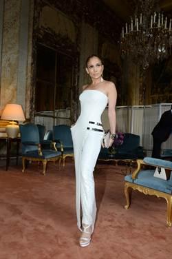 就愛Versace  翹臀珍全包